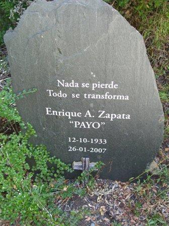 20110330235559-cementerio-de-montana-1.jpg