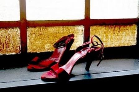 20110820201717-puerto-amberes-zapatos.jpg